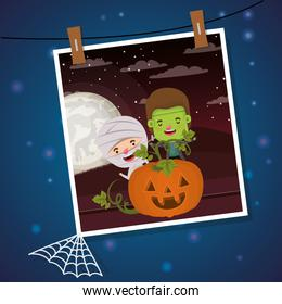 halloween photo with kids costumed