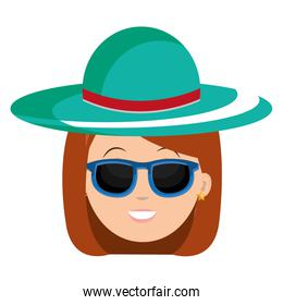 head woman with hat and sunglasses